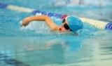 Zawody Mikołajkowe młodych pływaków